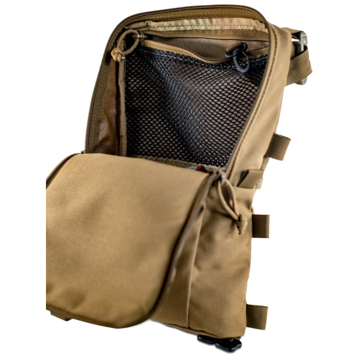 Sherman Pocket Xpac Diagonal Photo of Coyote Brown Color with interior net visible